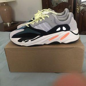 Adidas Yeezy 700 OG WaveRunners